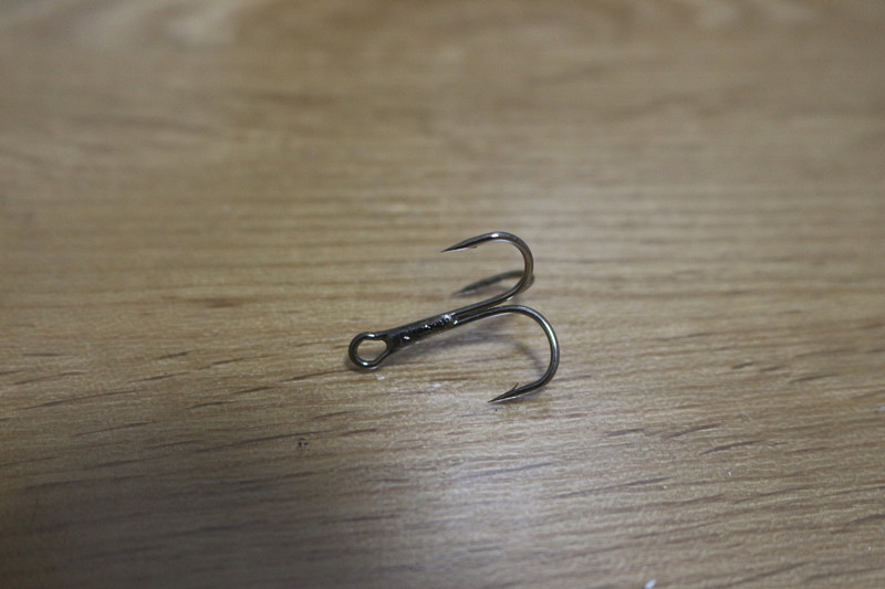 100pcs #6 High Carbon&Black Nickle Round Bend Treble Hooks